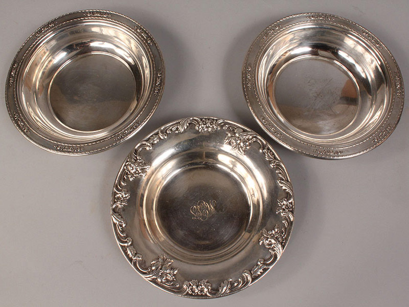 Lot 589: 4 Sterling Dishes, Wallace and S. Kirk & Son