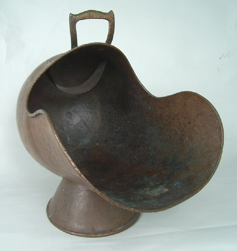 Arts & Crafts copper coal scuttle