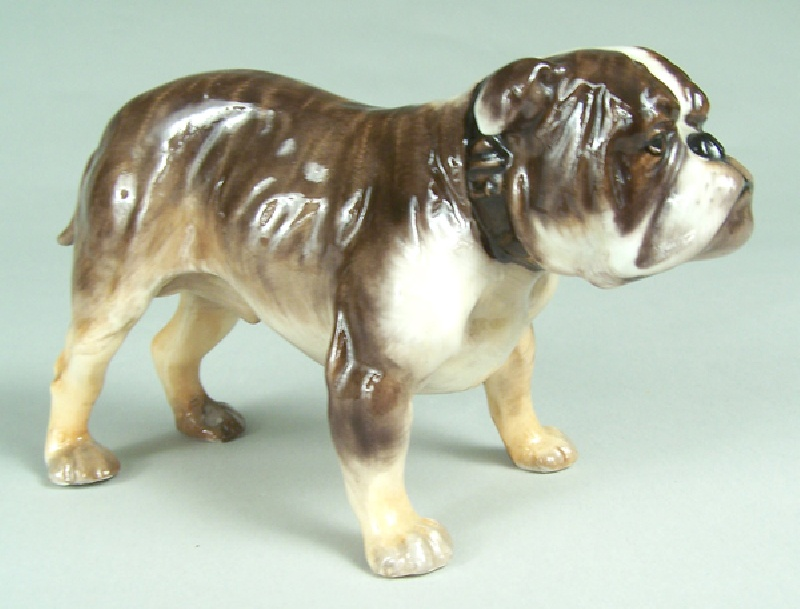 Royal Doulton English bulldog HN1047