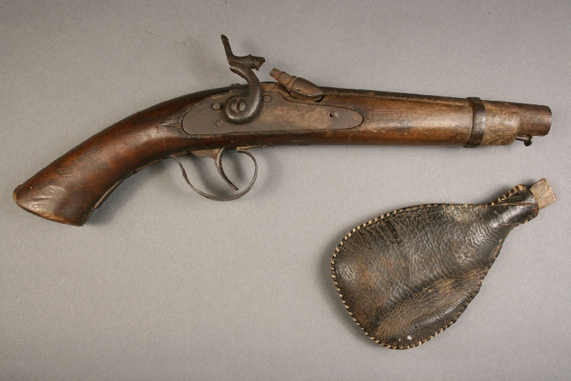A percussion pistol, leather flask – East Tennessee history – Lot#231