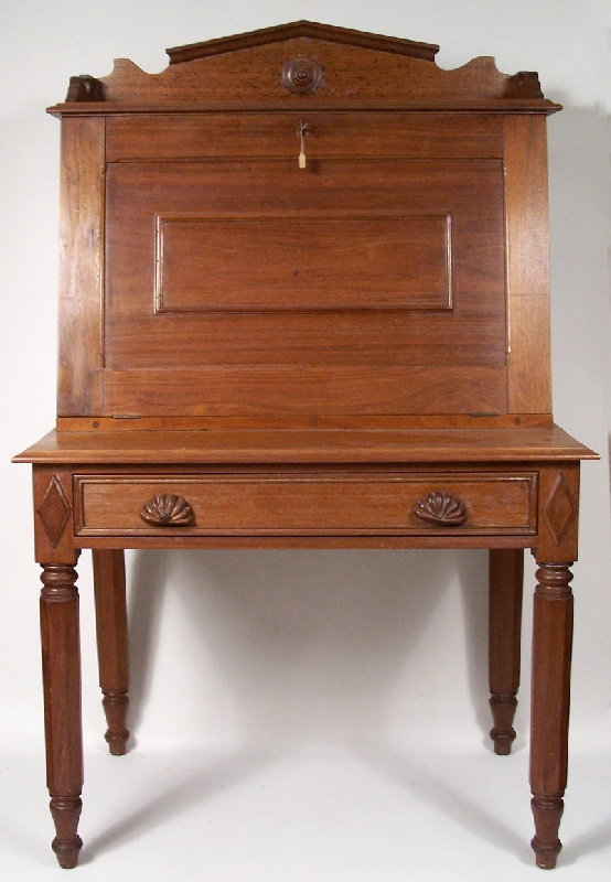 - Middle Tennessee Plantation Desk