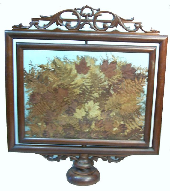 Victorian display screen
