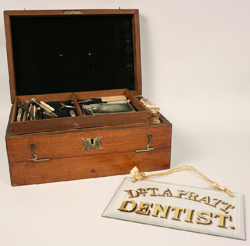 Dentist trade sign and surgical kit, Southern history