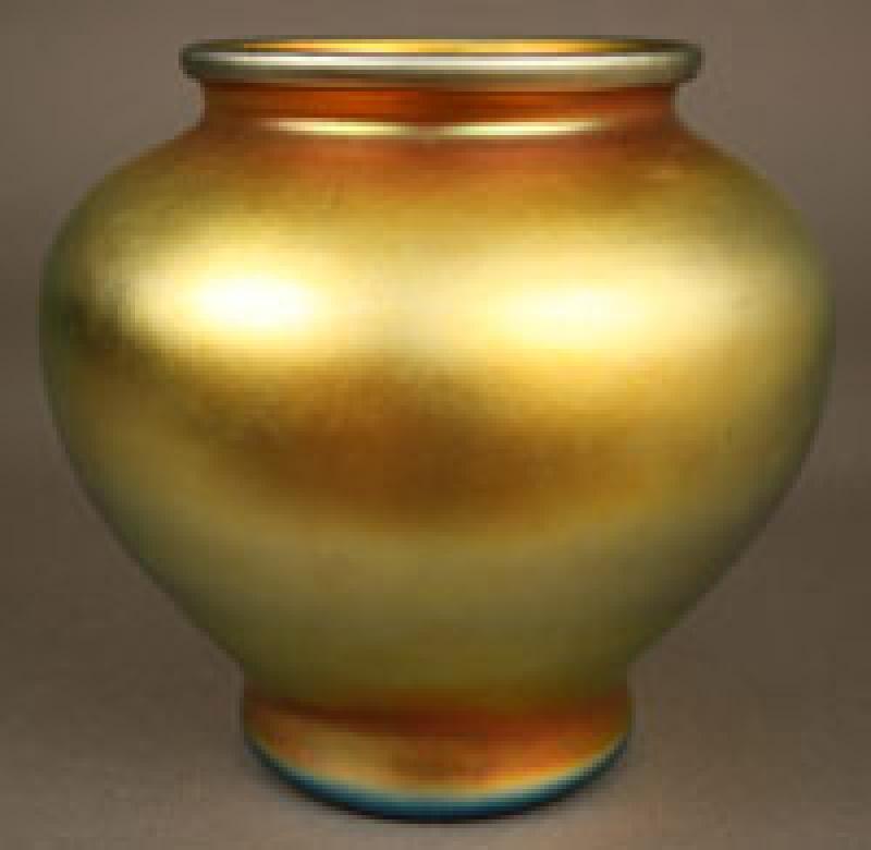 Steuben Aurene art glass vase