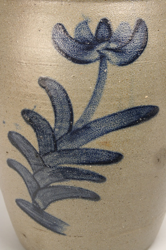 Large East Tennessee cobalt decorated jar, attrib. Charles Decker
