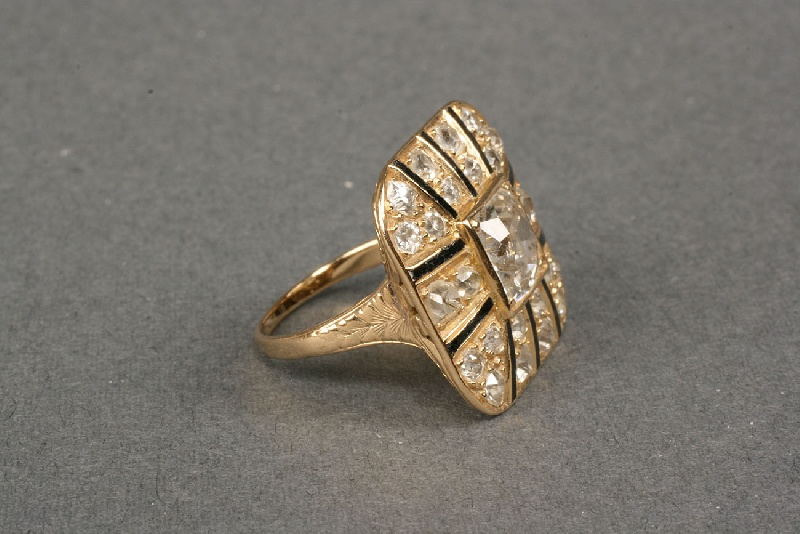 Suberi Brothers NY diamond ring