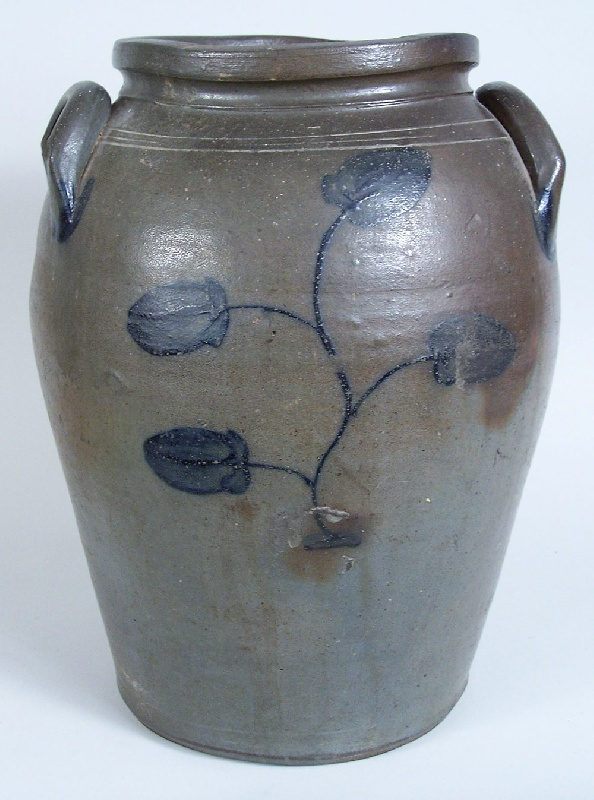 Virginia cobalt decorated jar, attributed to James River area (lot#165)