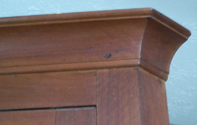Middle Tennessee corner cupboard from Rutherford County (lot#12)