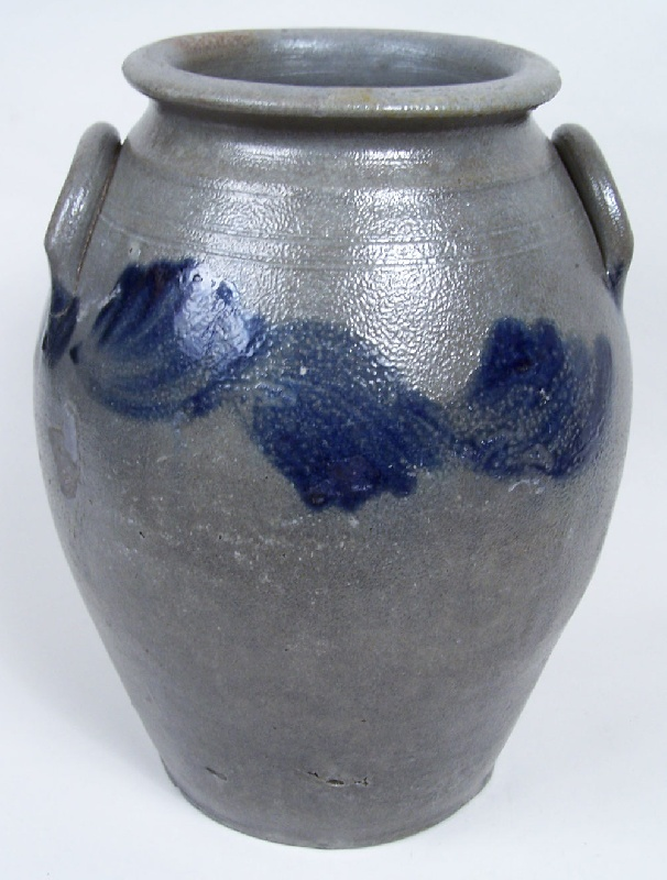 Virginia cobalt decorated jar, found in Richmond, VA area (lot #166)