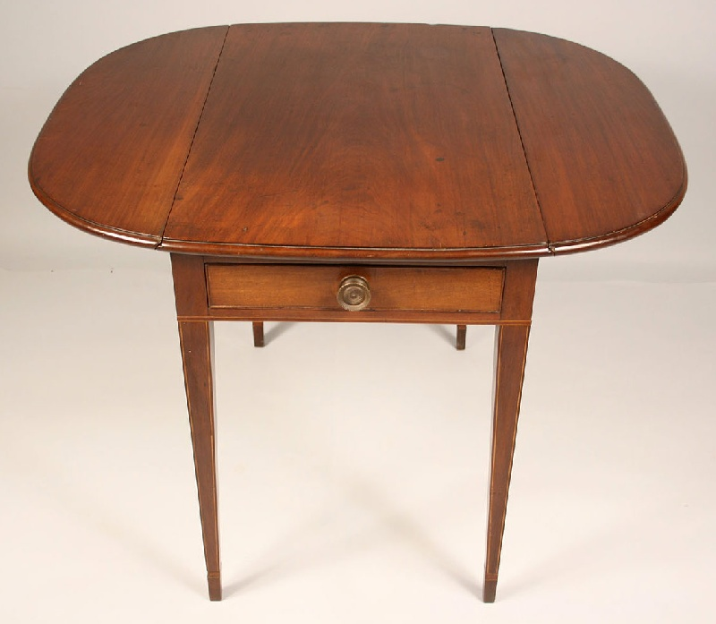 Southern Federal pembroke table with string inlay, possibly Georgia