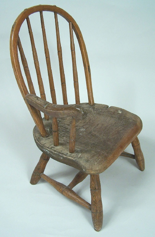 Rare East Tennessee child's windsor chair (lot#127)