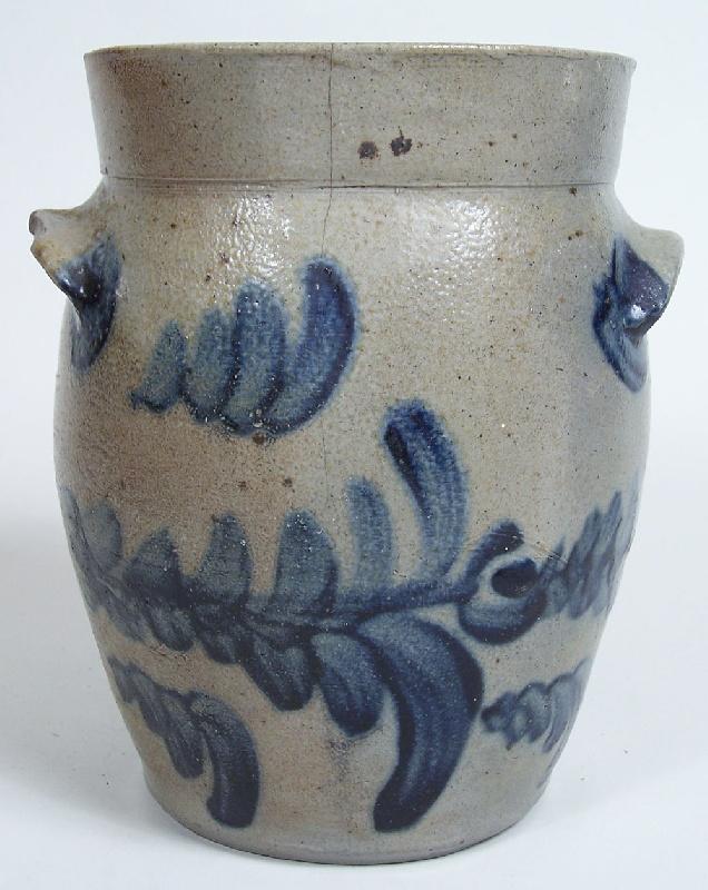 Southern cobalt decorated jar (lot#169)