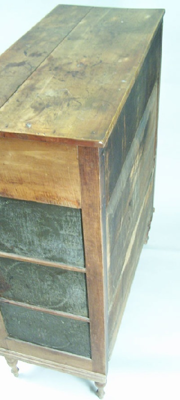 Exceptional and early Sullivan County, Tennessee pie safe (lot#120)