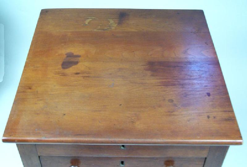 Virginia medicine or innskeeper table, Russell or Wythe County, Virginia (lot#68)