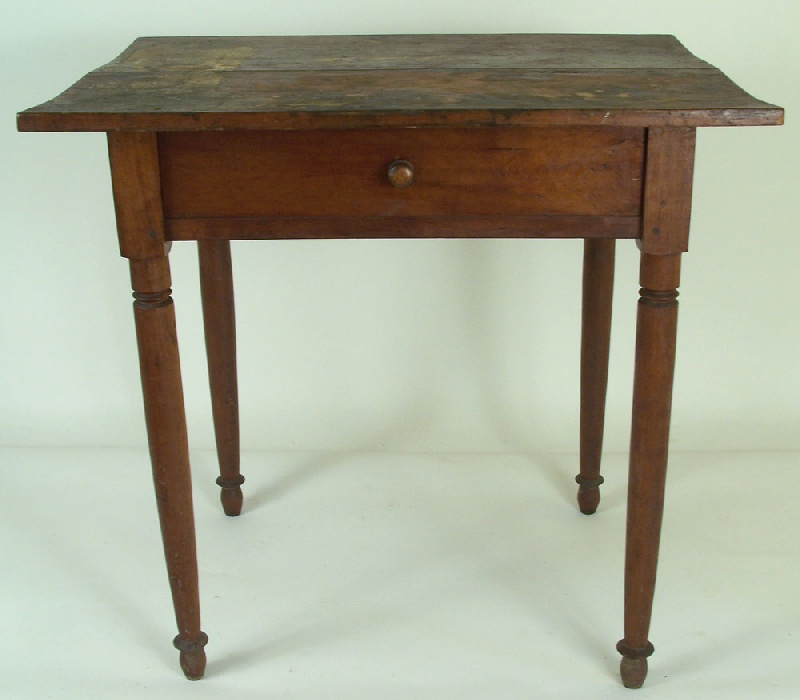 Knox County, Tennessee one drawer table (lot#8)