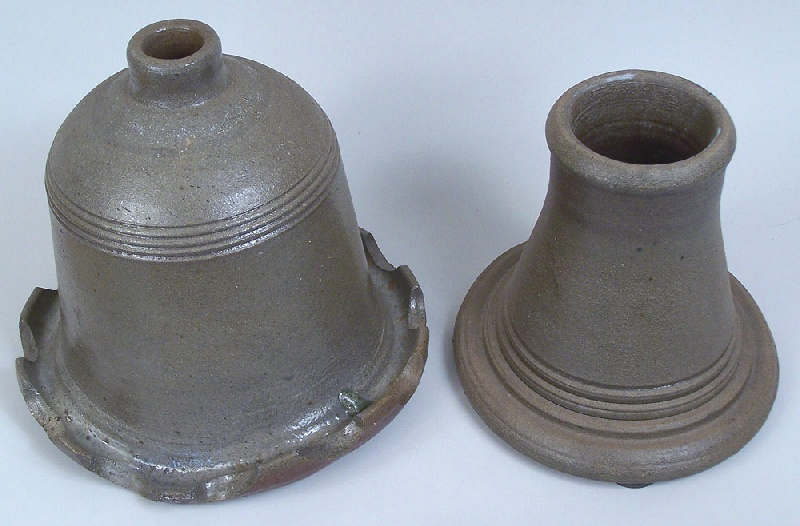 Large and scarce Middle Tennessee pottery urn (lot#140)