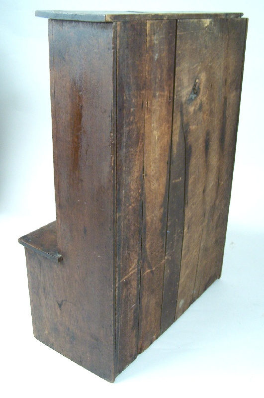 Southern miniature cupboard (lot#6)