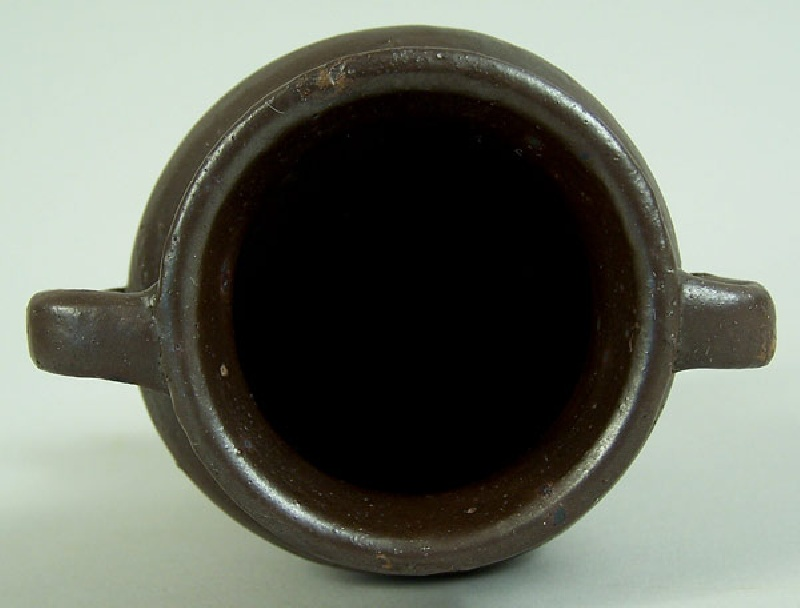 Middle Tennessee miniature urn, Putnam County (lot#15)
