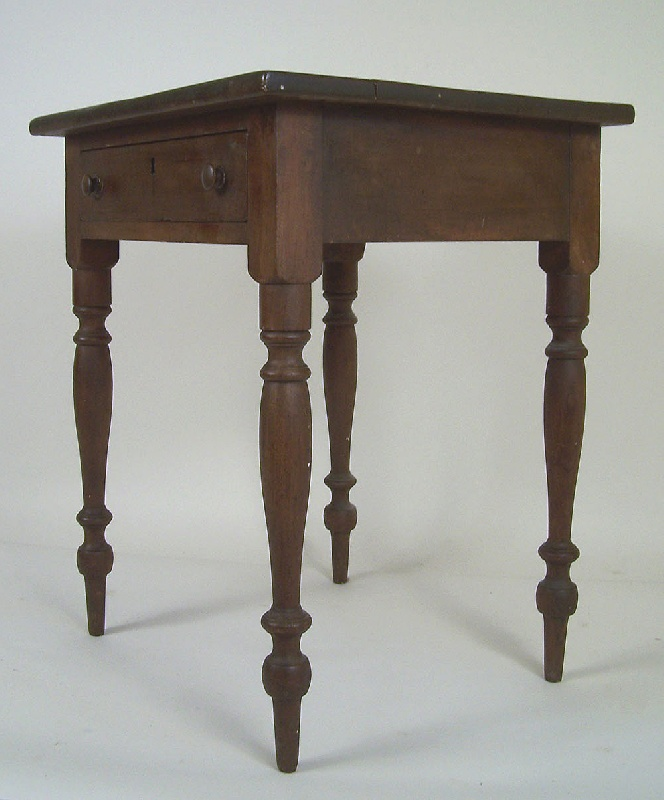 Sullivan County, Tennessee one drawer table (lot#10)