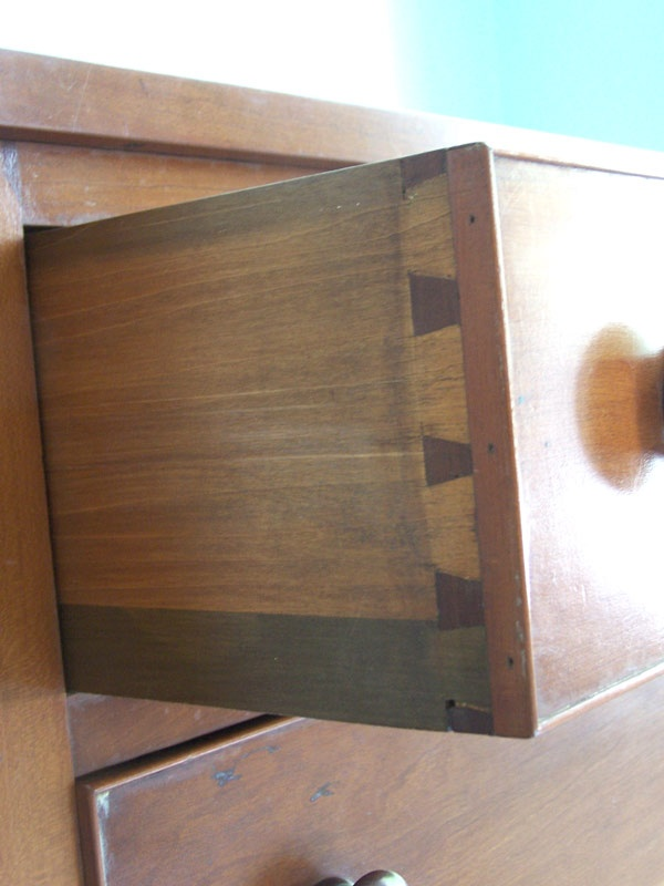Tennessee Sheraton Cherry chest of drawers with inlaid escutcheons